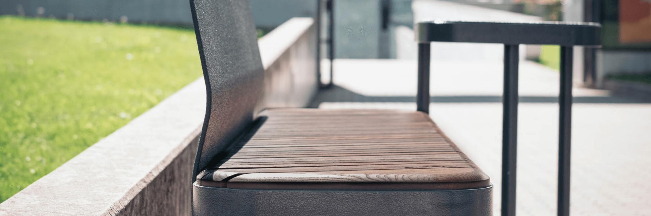 park bench Tiide